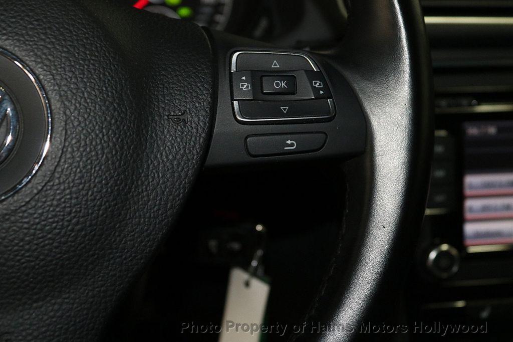 2015 Volkswagen Passat 4dr Sedan 1.8T Automatic SE - 18412376 - 25
