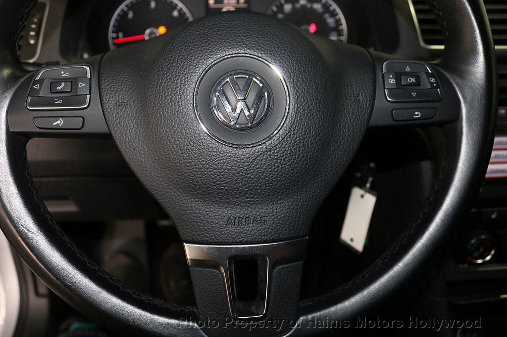 2015 Volkswagen Passat 4dr Sedan 1.8T Automatic SE - 18412376 - 26