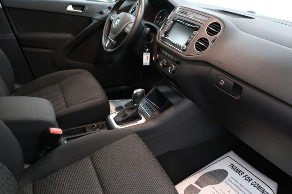 2015 Volkswagen Tiguan S; SE; SEL; Wolfsburg Edition - 16640650 - 22