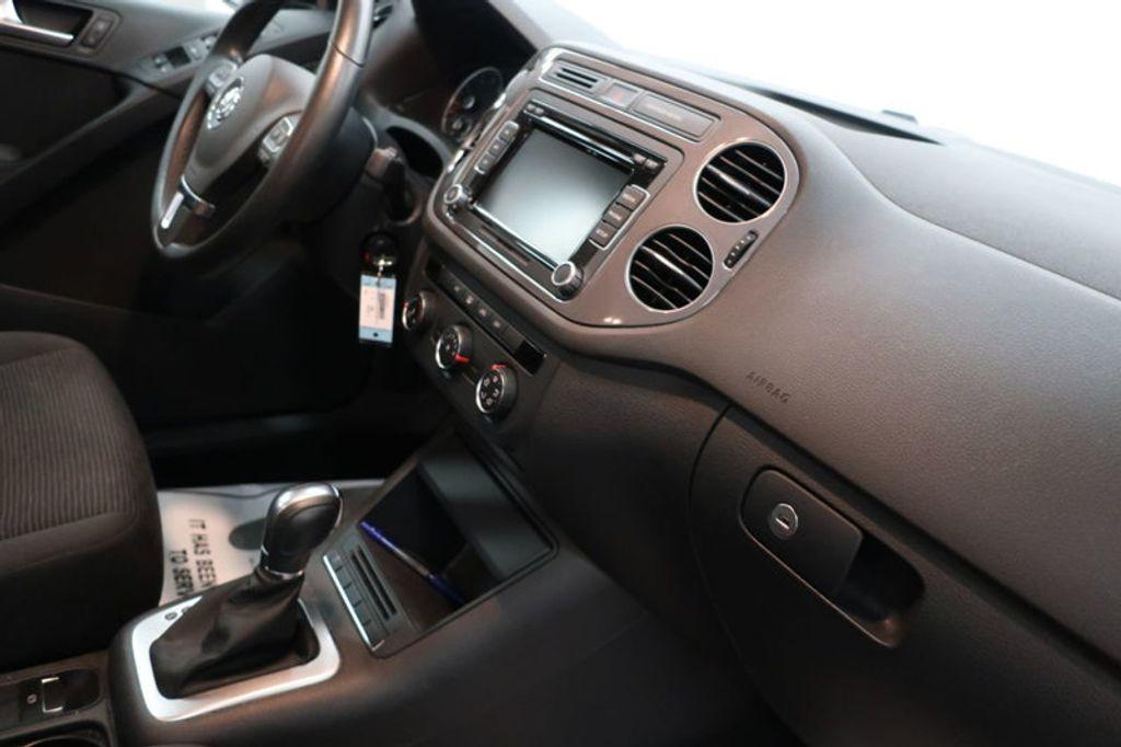 2015 Volkswagen Tiguan S; SE; SEL; Wolfsburg Edition - 16640650 - 25