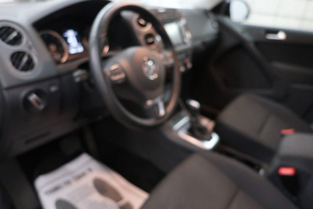 2015 Volkswagen Tiguan S; SE; SEL; Wolfsburg Edition - 16640650 - 28