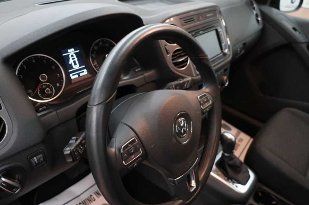 2015 Volkswagen Tiguan S; SE; SEL; Wolfsburg Edition - 16640650 - 29