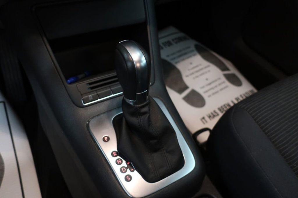 2015 Volkswagen Tiguan S; SE; SEL; Wolfsburg Edition - 16640650 - 37