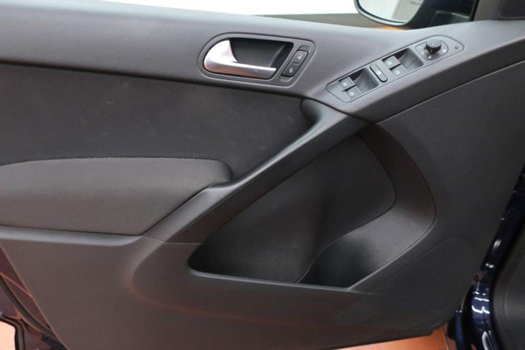 2015 Volkswagen Tiguan S; SE; SEL; Wolfsburg Edition - 16640650 - 8