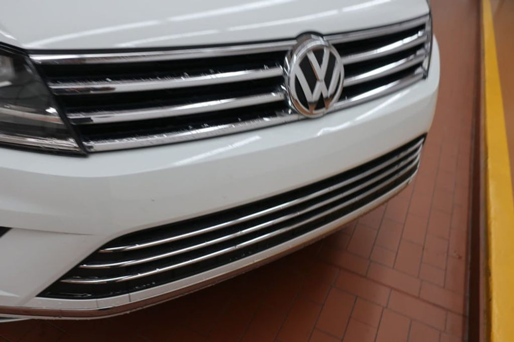 2015 Volkswagen Touareg 4dr V6 Lux - 17167639 - 9