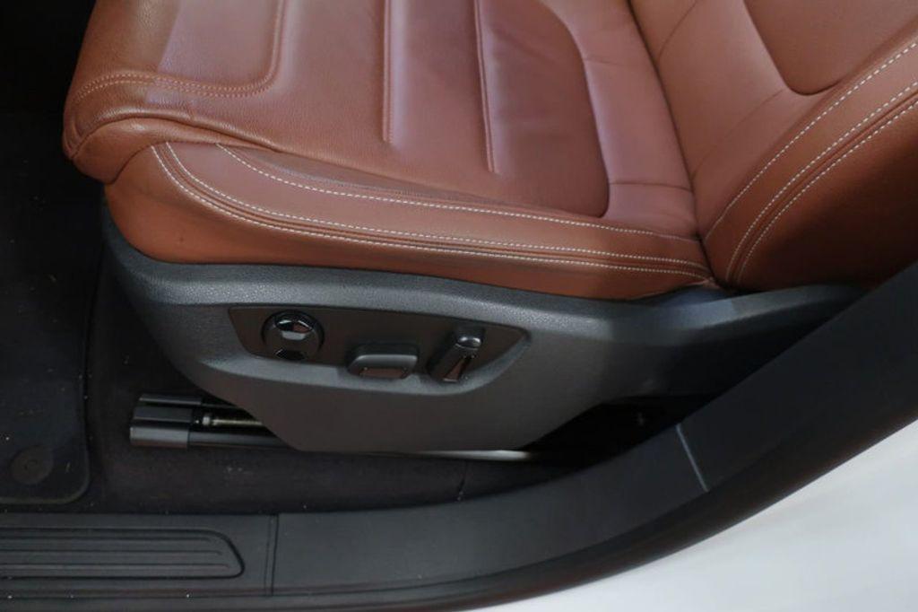 2015 Volkswagen Touareg 4dr V6 Lux - 17167639 - 16