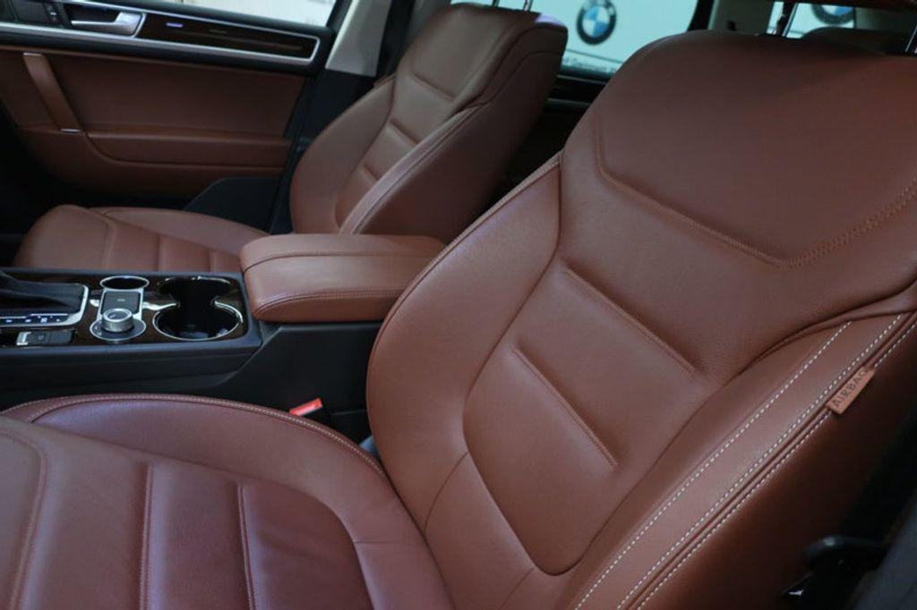 2015 Volkswagen Touareg 4dr V6 Lux - 17167639 - 17