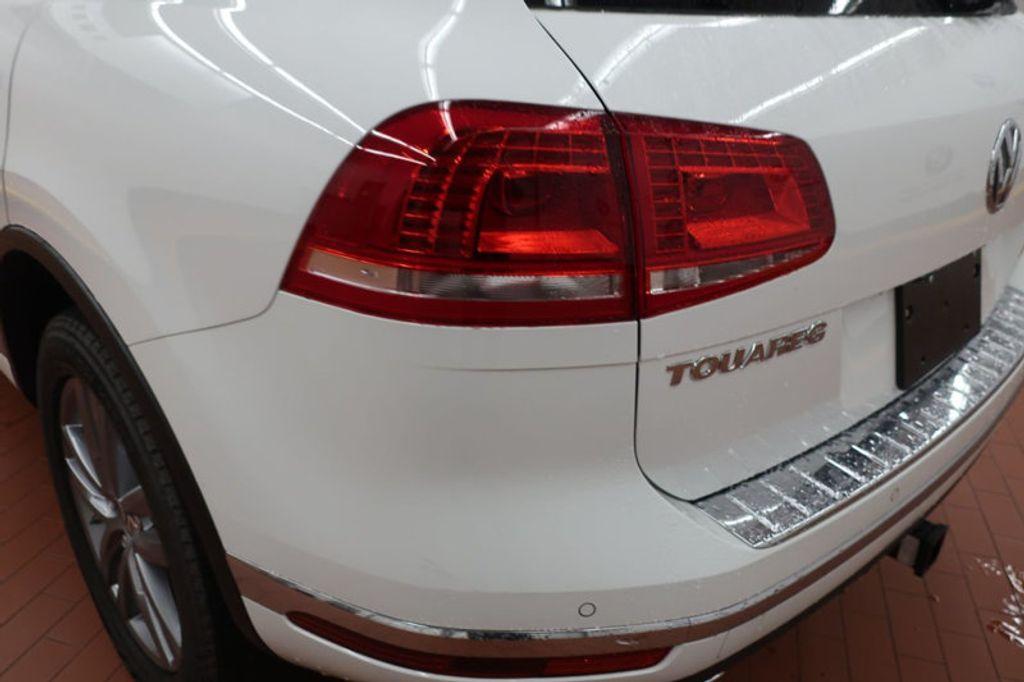 2015 Volkswagen Touareg 4dr V6 Lux - 17167639 - 3