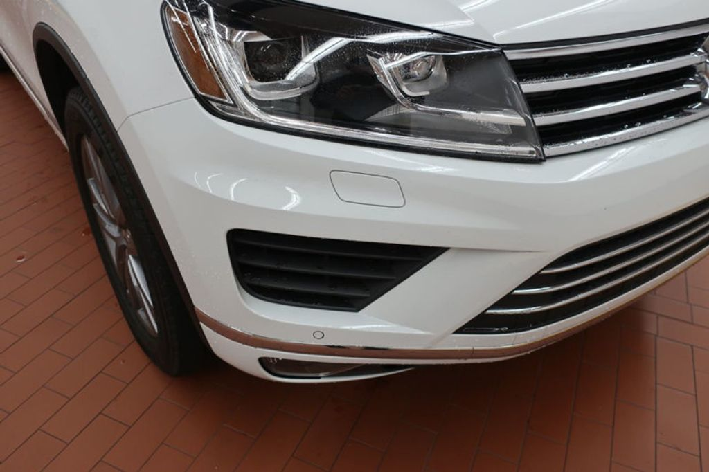 2015 Volkswagen Touareg 4dr V6 Lux - 17167639 - 8