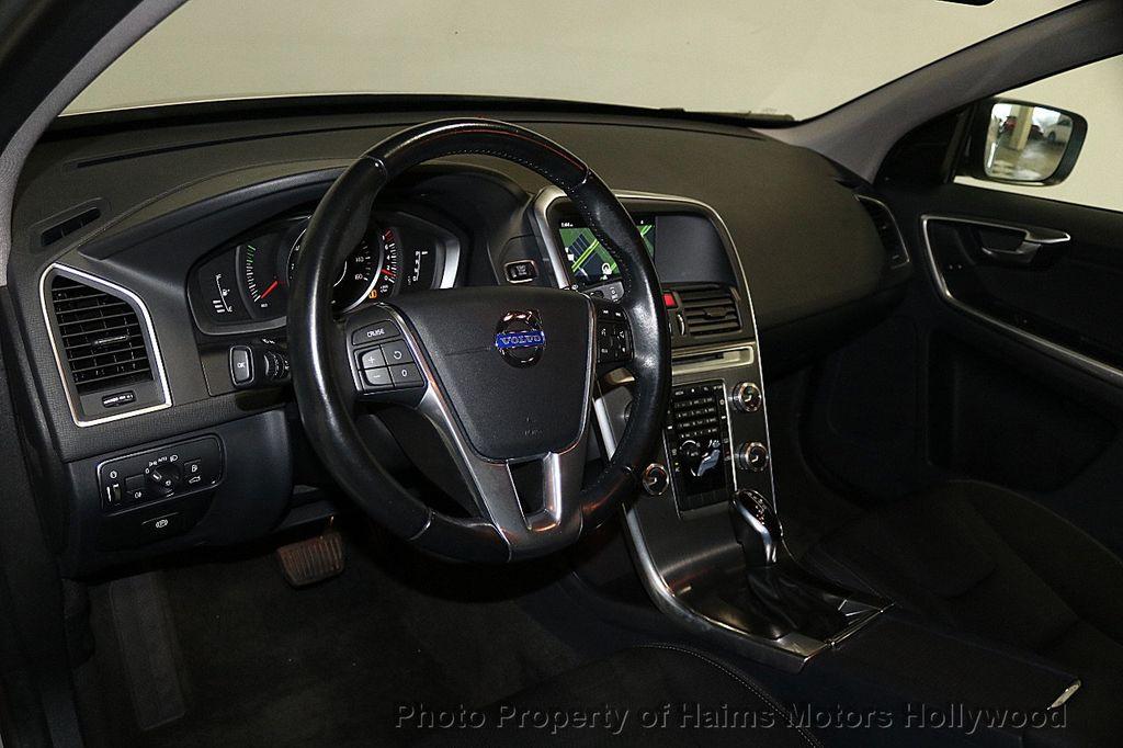 2015 Volvo XC60 2015.5 AWD 4dr T5 - 17724943 - 18