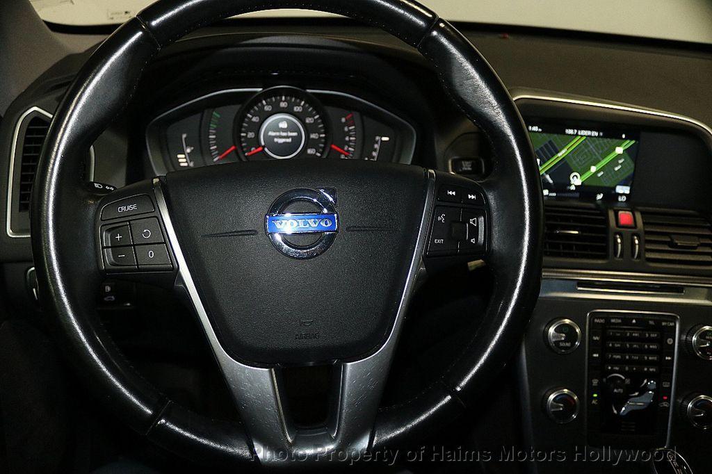 2015 Volvo XC60 2015.5 AWD 4dr T5 - 17724943 - 27