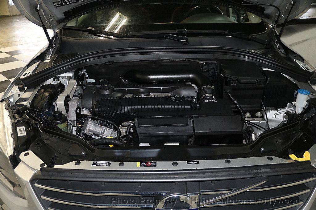 2015 Volvo XC60 2015.5 AWD 4dr T5 - 17724943 - 31