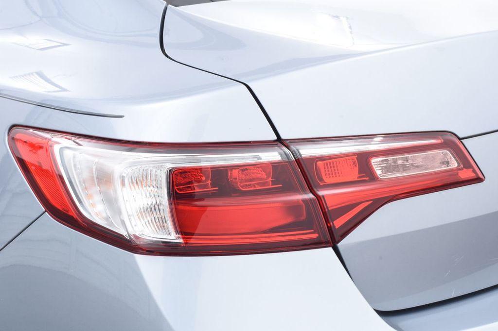 2016 Acura ILX 4dr Sedan w/Technology Plus Pkg - 18253568 - 16