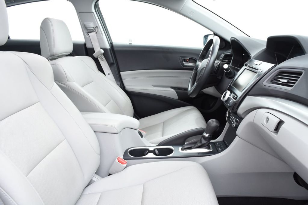 2016 Acura ILX 4dr Sedan w/Technology Plus Pkg - 18253568 - 26