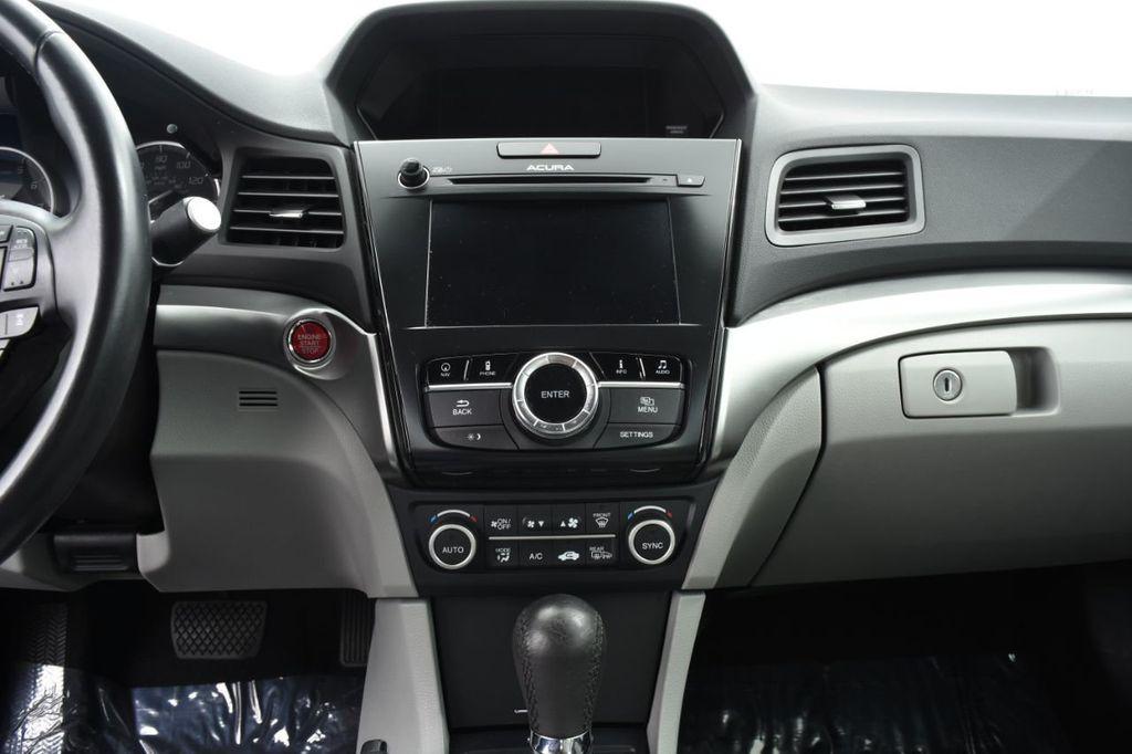 2016 Acura ILX 4dr Sedan w/Technology Plus Pkg - 18253568 - 30