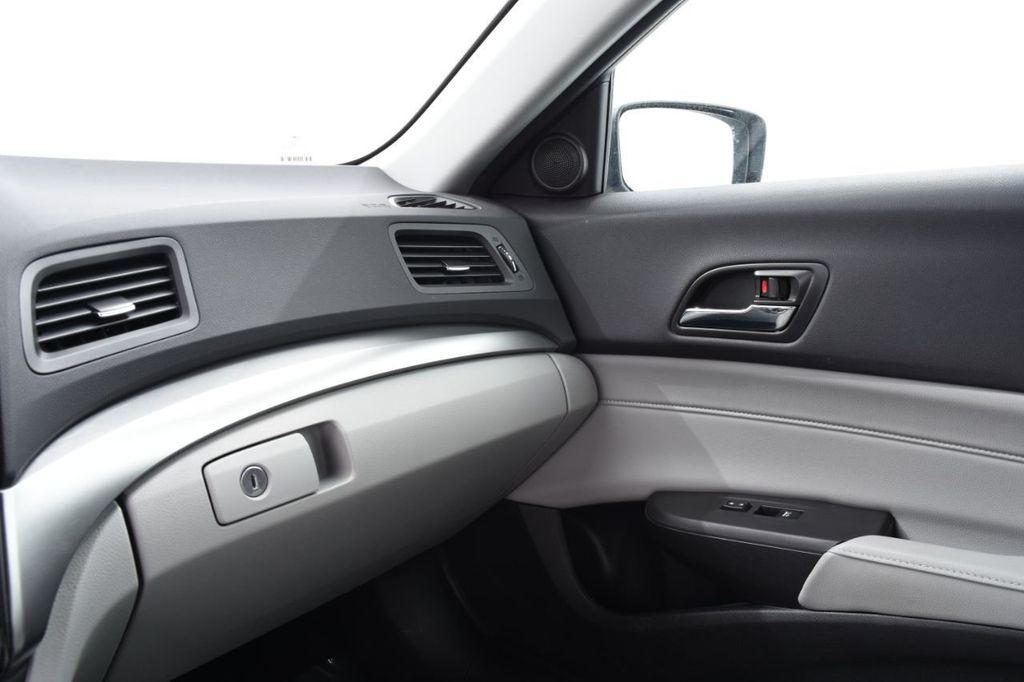 2016 Acura ILX 4dr Sedan w/Technology Plus Pkg - 18253568 - 38