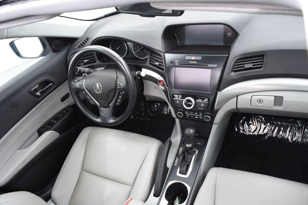 2016 Acura ILX 4dr Sedan w/Technology Plus Pkg - 18253568 - 40