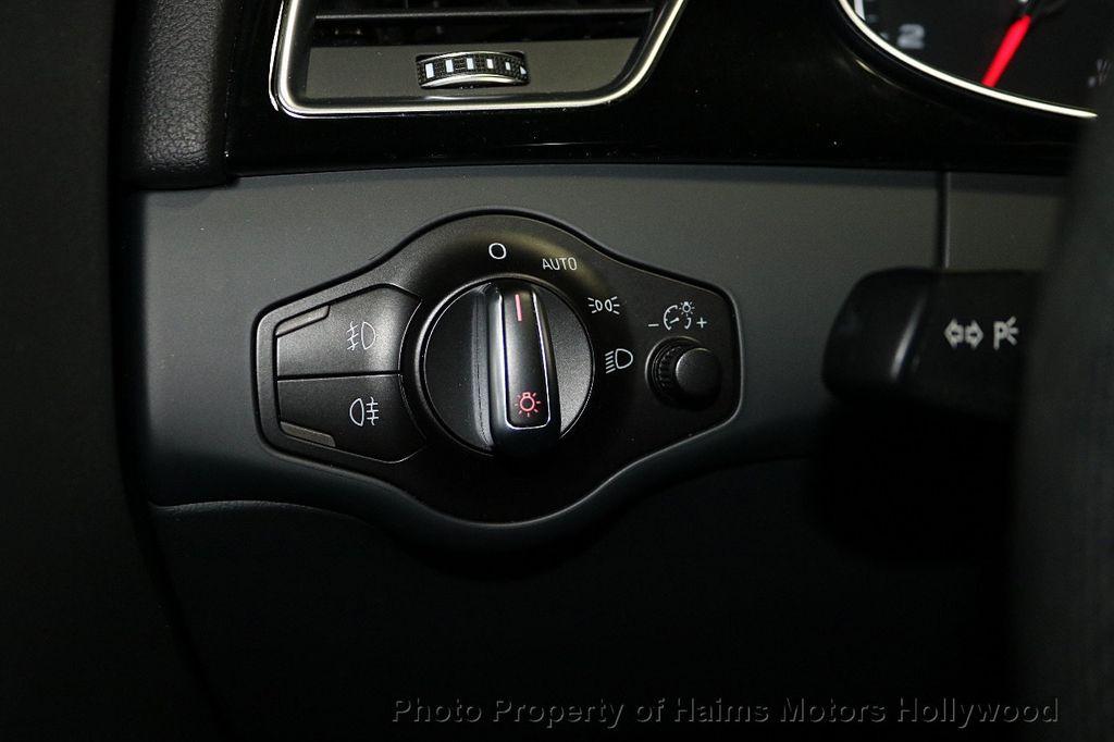 2016 Audi A4 4dr Sedan Automatic quattro 2.0T Premium Plus - 18283244 - 25