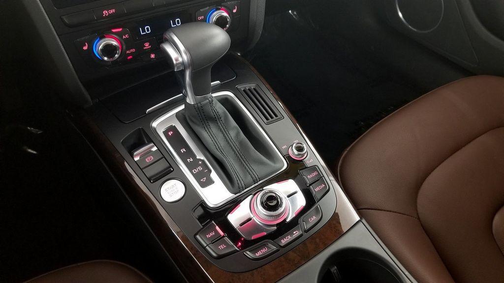 2016 Audi A4 4dr Sedan Automatic quattro 2.0T Premium Plus - 17966865 - 24