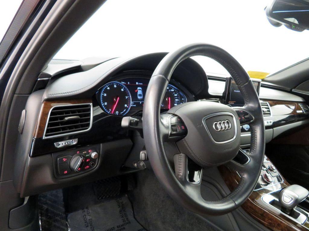2016 Audi A8 L 4dr Sedan 3.0T - 18546799 - 21