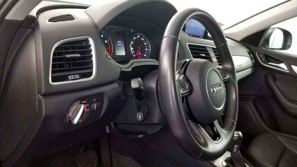 2016 Audi Q3 quattro 4dr 2.0T Premium Plus - 18187405 - 17