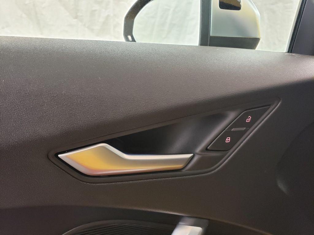 2016 Audi TTS 2dr Coupe S tronic quattro 2.0T - 18210817 - 16