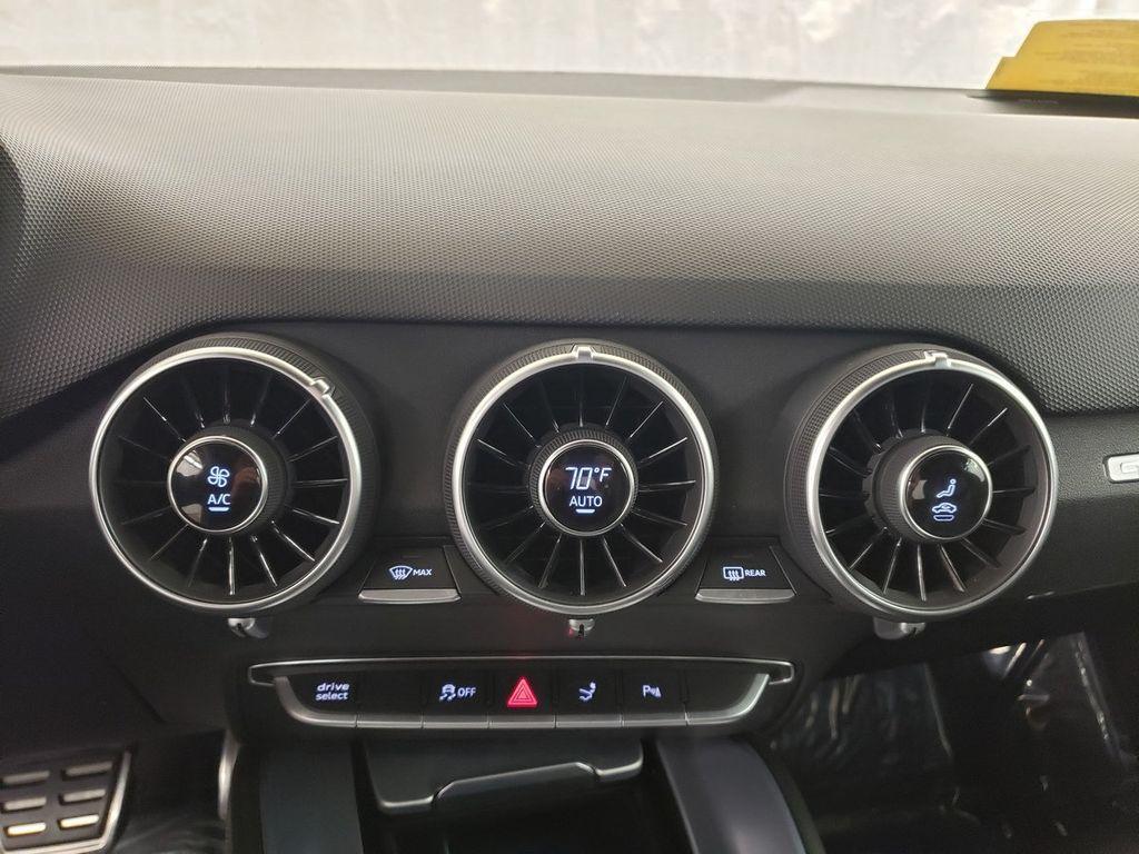 2016 Audi TTS 2dr Coupe S tronic quattro 2.0T - 18210817 - 31
