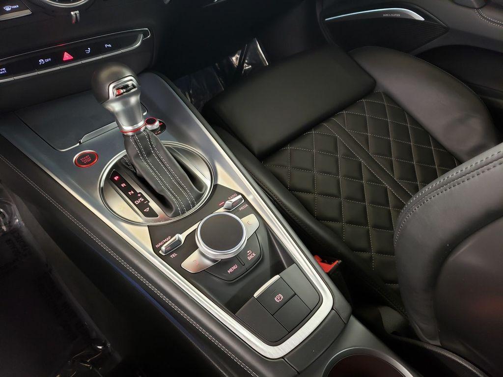 2016 Audi TTS 2dr Coupe S tronic quattro 2.0T - 18210817 - 32
