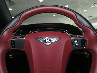 2016 Bentley Continental GT GTC V8 Mulliner Convertible - Click to see full-size photo viewer