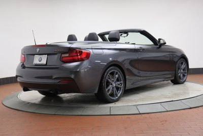 2016 BMW 2 Series M235i xDrive Convertible - Click to see full-size photo viewer