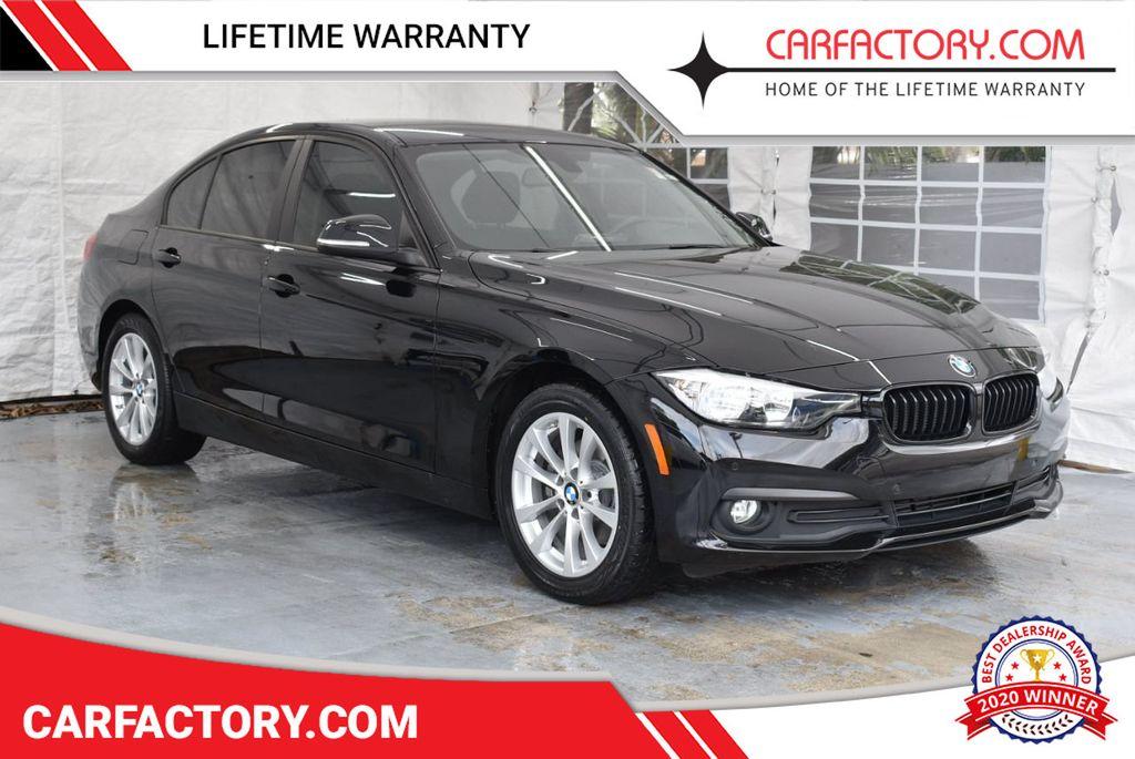 2016 BMW 3 Series 320i - 18359536 - 0