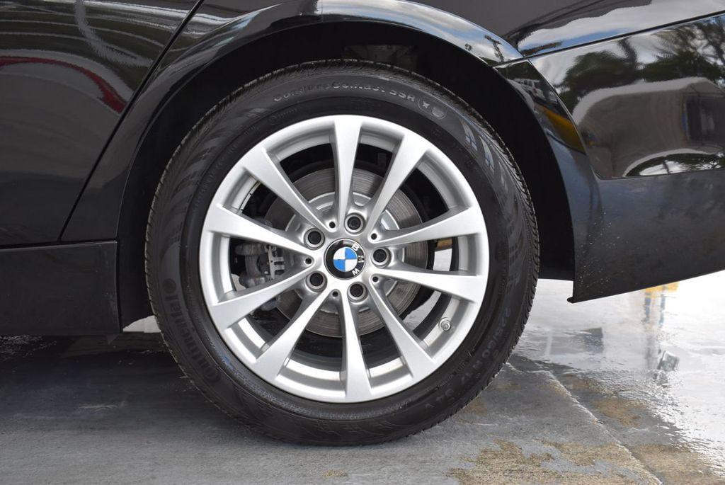 2016 BMW 3 Series 320i - 18359536 - 10