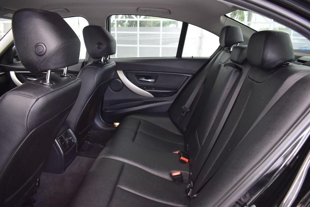 2016 BMW 3 Series 320i - 18359536 - 14