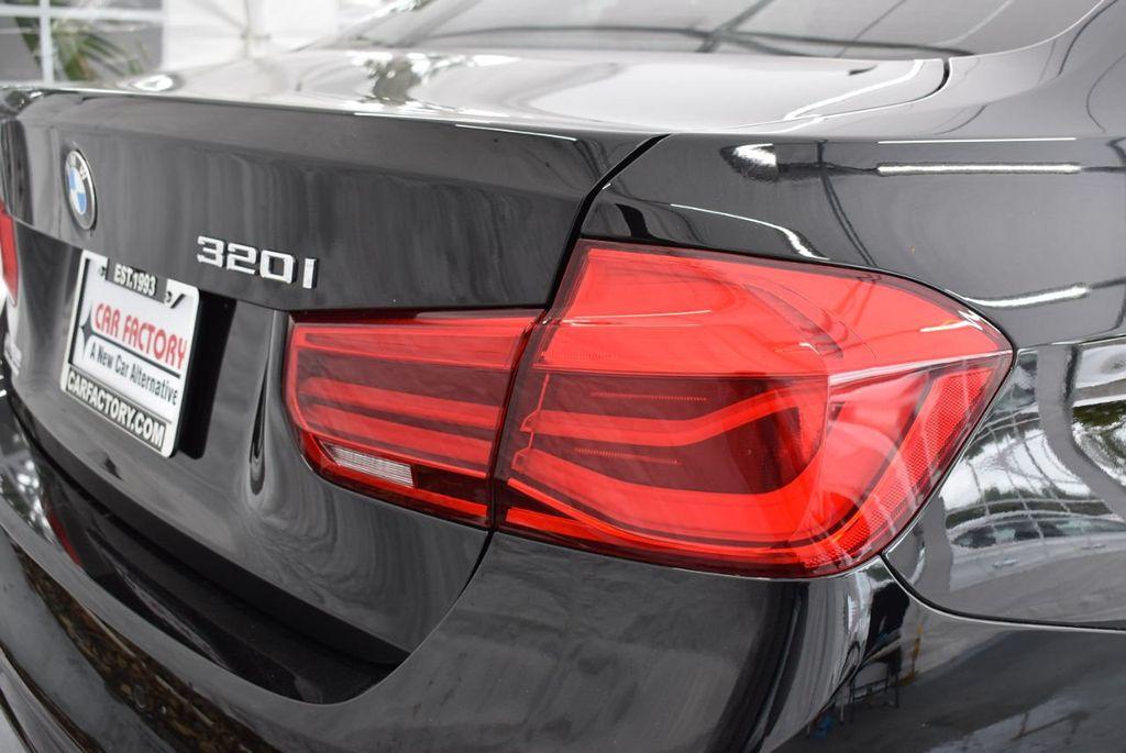 2016 BMW 3 Series 320i - 18359536 - 1