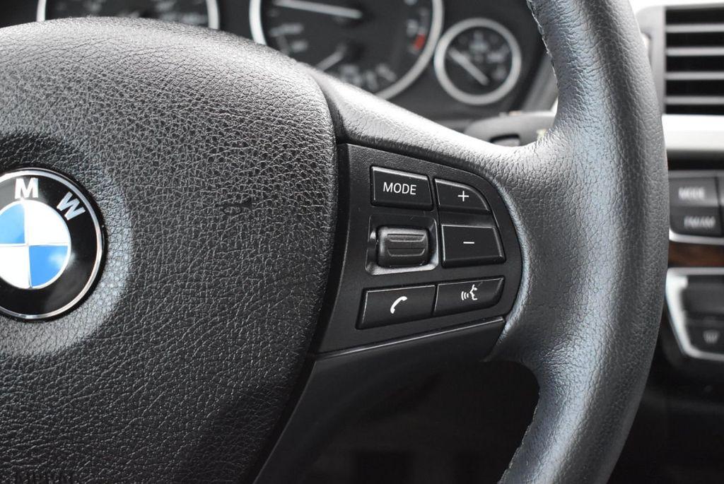 2016 BMW 3 Series 320i - 18359536 - 22