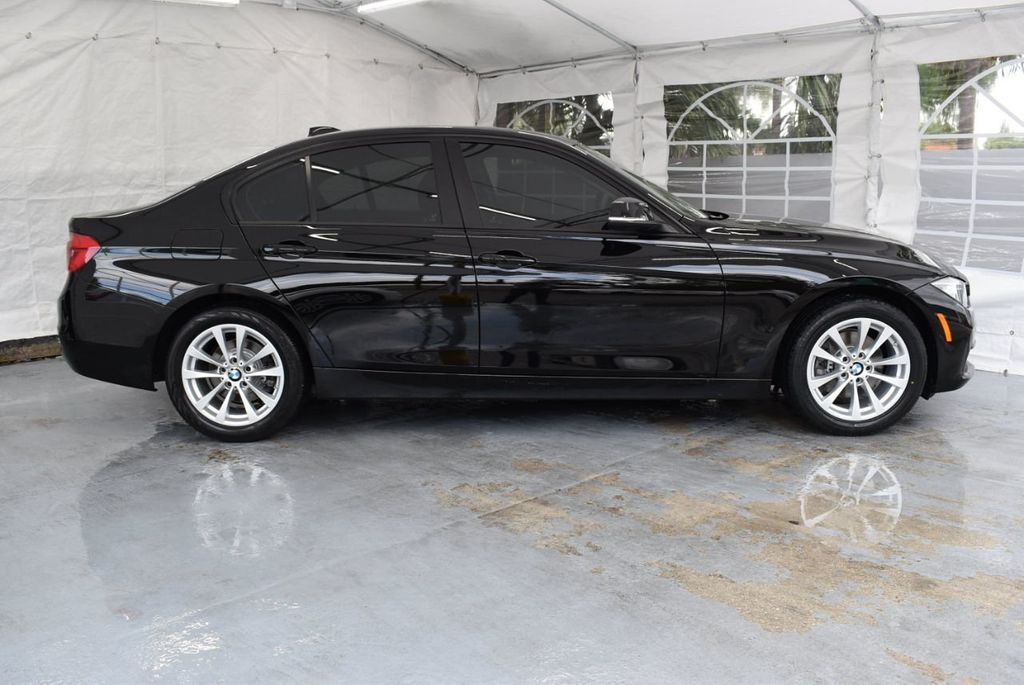 2016 BMW 3 Series 320i - 18359536 - 2