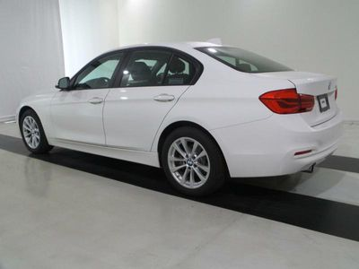 2016 BMW 3 Series 320i - Click to see full-size photo viewer