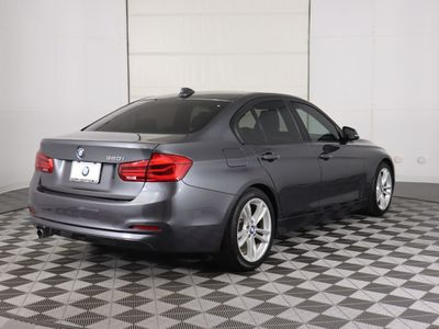 2016 BMW 3 Series 320i Sedan - Click to see full-size photo viewer