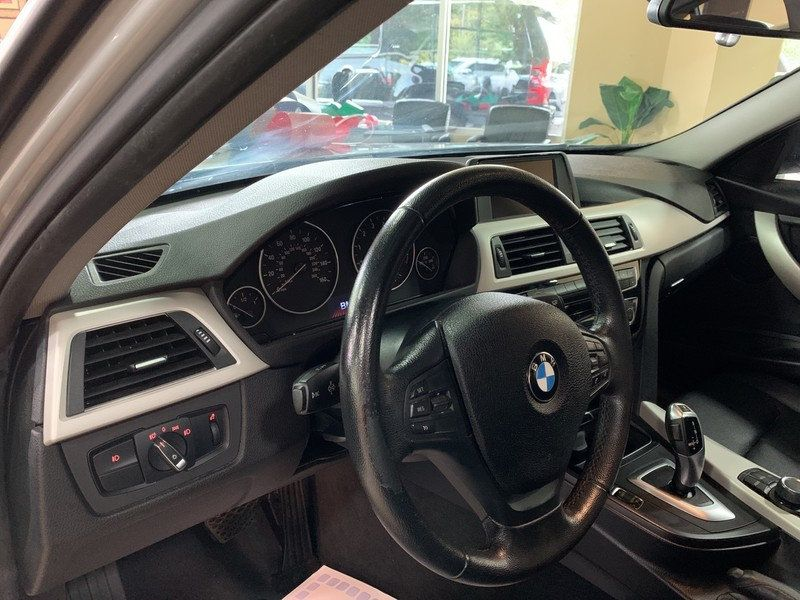 2016 BMW 3 Series 320i xDrive - 19417496 - 19