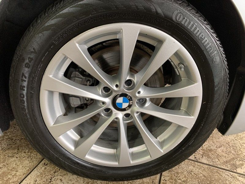 2016 BMW 3 Series 320i xDrive - 19417496 - 43