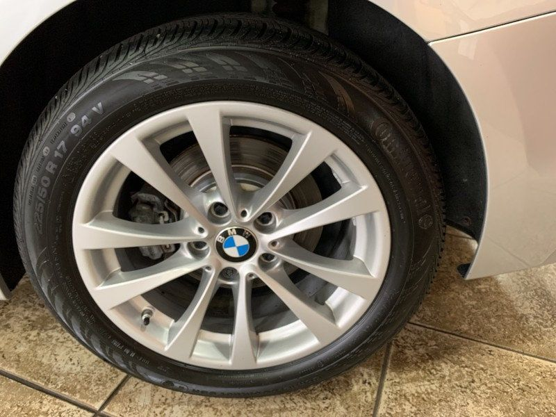 2016 BMW 3 Series 320i xDrive - 19417496 - 45
