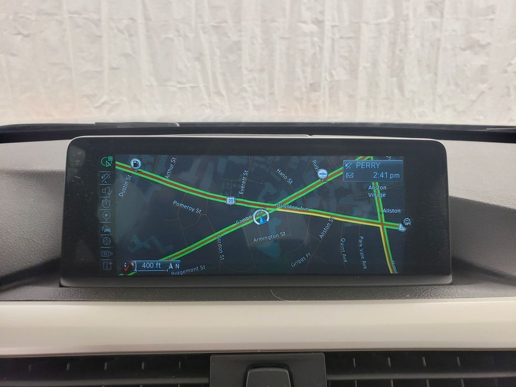 2016 BMW 3 Series 320i xDrive - 18253643 - 21