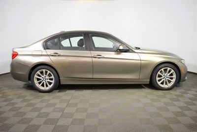 2016 BMW 3 Series 320i xDrive Sedan - Click to see full-size photo viewer