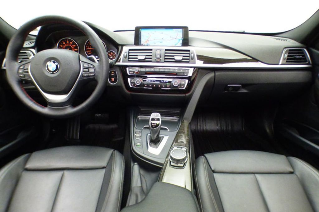 2016 BMW 3 Series 328i xDrive - 17430345 - 28
