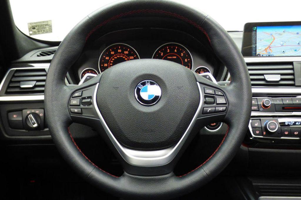 2016 BMW 3 Series 328i xDrive - 17430345 - 32