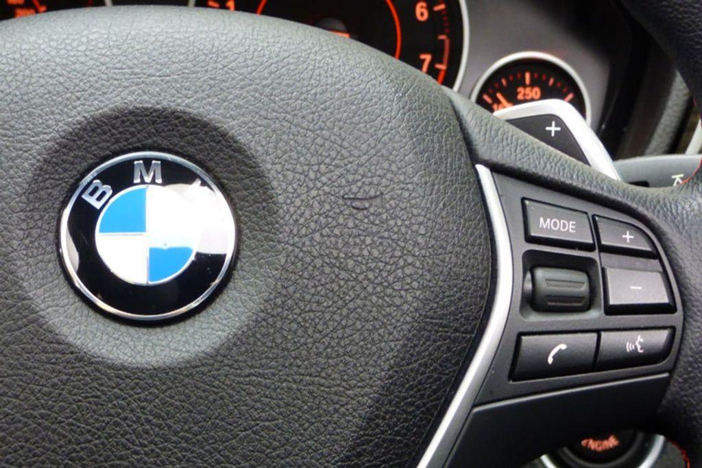 2016 BMW 3 Series 328i xDrive - 17430345 - 34