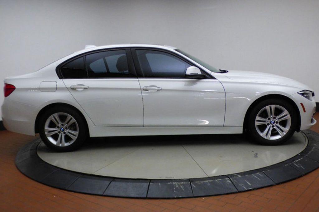 2016 BMW 3 Series 328i xDrive - 17430345 - 6