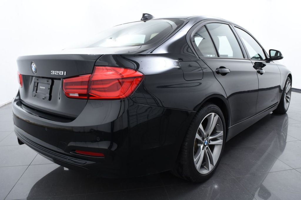 2016 BMW 3 Series 328i xDrive - 18423333 - 9