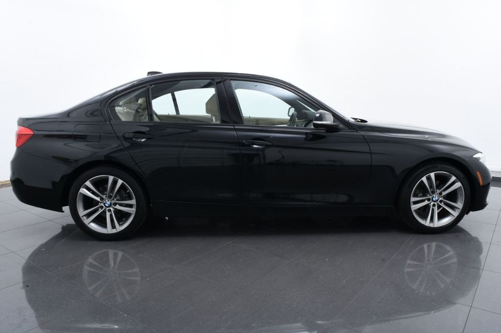 2016 BMW 3 Series 328i xDrive - 18423333 - 11