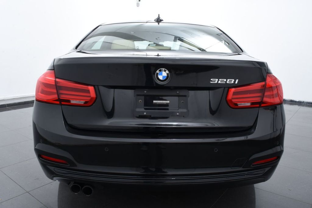 2016 BMW 3 Series 328i xDrive - 18423333 - 3